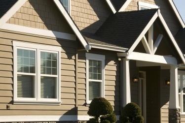 14 Advantages of James Hardie Fiber Cement for Siding Replacement